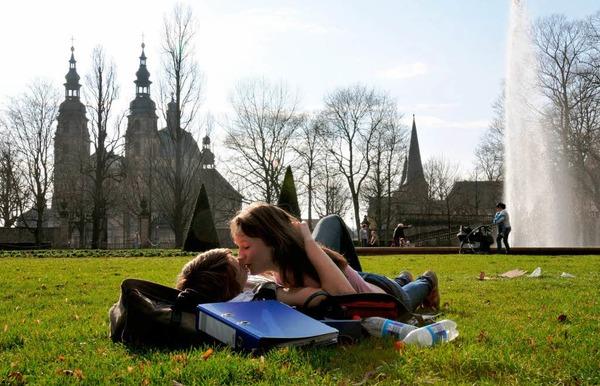 ...und zarte Frühlingsgefühle im Fuldaer Schlossgarten