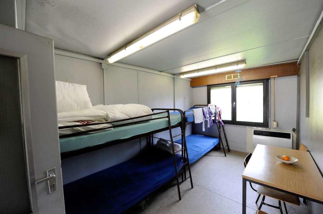 fl chtlingsunterkunft bedr ckendes leben im container freiburg badische zeitung. Black Bedroom Furniture Sets. Home Design Ideas