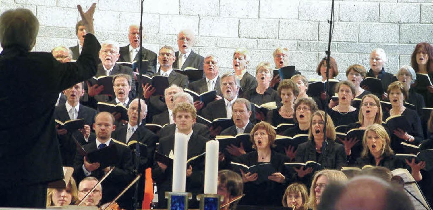 Der Motettenchor Lörrach beeindruckte mit Haydns Nelsonmesse und dem Te Deum.   | Foto: Roswitha Frey