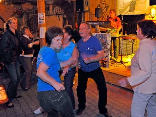Wein, Gesang - und auch der Rest kommt nicht zu kurz: Eindrücke von den St. Georgener Weintagen
