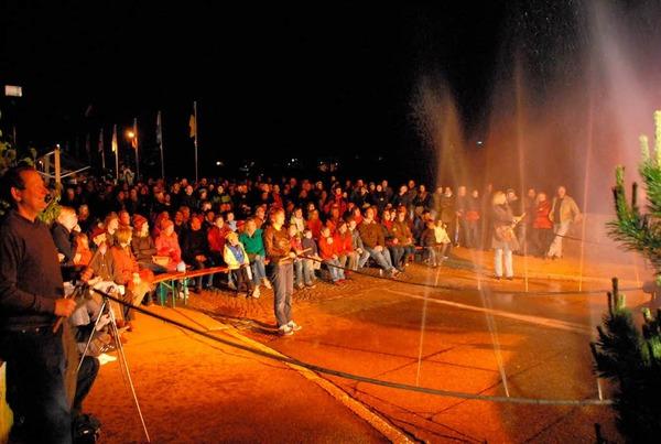 Publikumsbeteiligung bei Tausendwasser