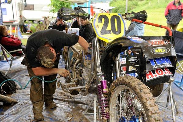 Schlammbad und Motorsport: Der ADAC-Motocross in Schopfheim.