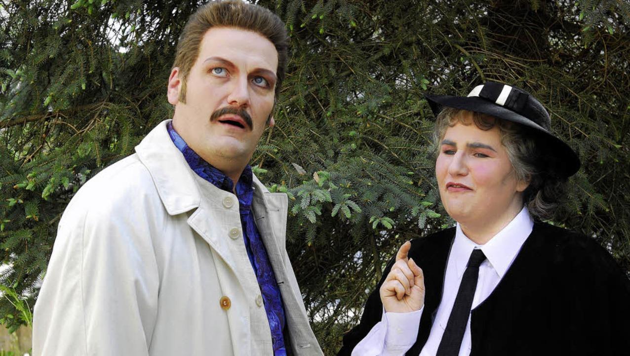 Festspiele Breisach: Mord im Pfarrhaus...nd Alexandra Großklaus als Mrs. Marple  | Foto: Matthias Kolodziej
