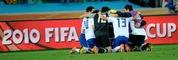 Freude in S�dkorea, Tristesse in Nigeria: Das 2:2 zwischen den beiden Teams brachte die Asiaten ins Achtelfinale.