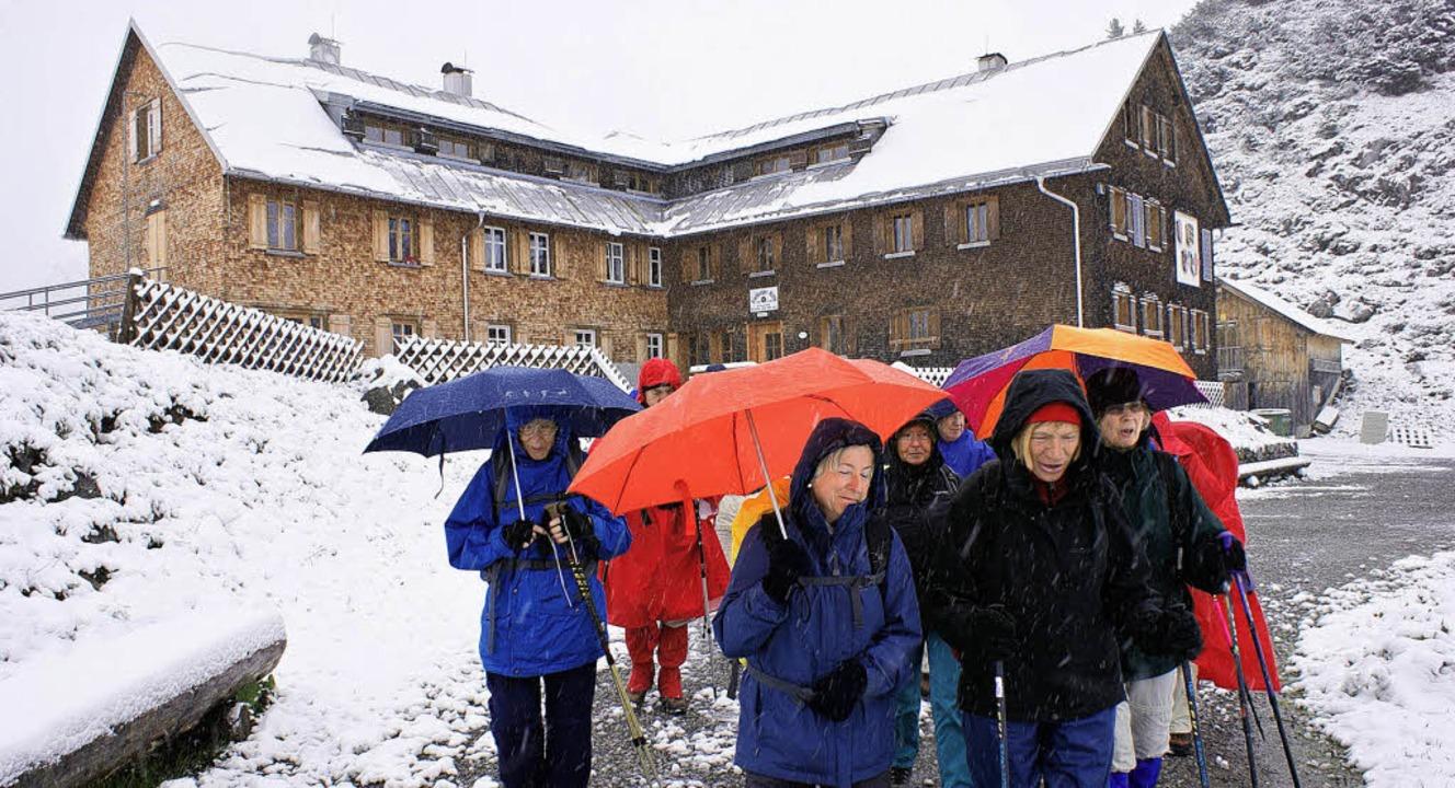 Erst Regen, dann Schnee: Für die Besuc...ge einen durchwachsenen Sommeranfang.   | Foto: Karlheinz Scherfling