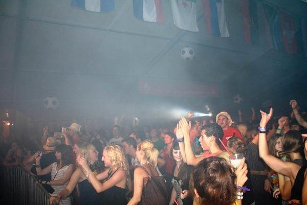 4200 begeisterte junge Menschen bei der Beachparty in Freiamt-Mu�bach