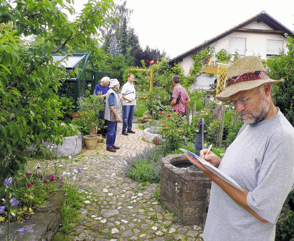 Auf der suche nach der natur im garten donaueschingen for Natur im garten
