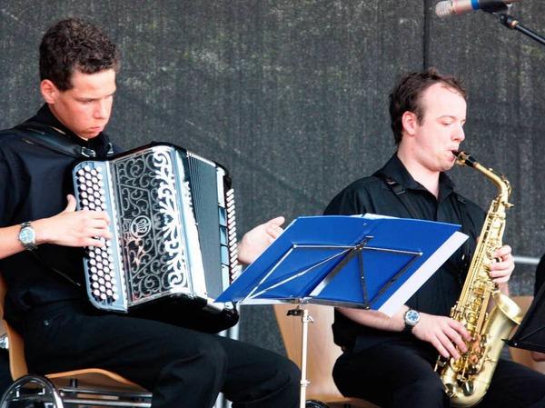 Auf dem Marktplatz sorgten Musikgruppen für Unterhaltung.