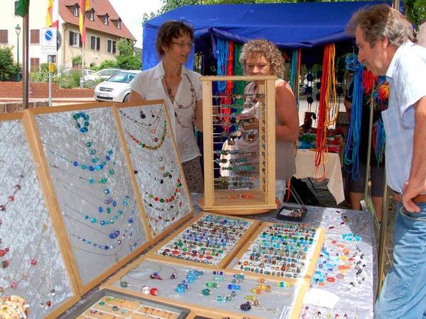 Kunsthandwerkermarkt im Rathaushof