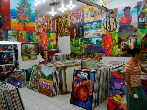 Die bunte karibische Malerei begegnet einem an jeder Ecke: In Form von Massenproduktion<ppp></ppp>