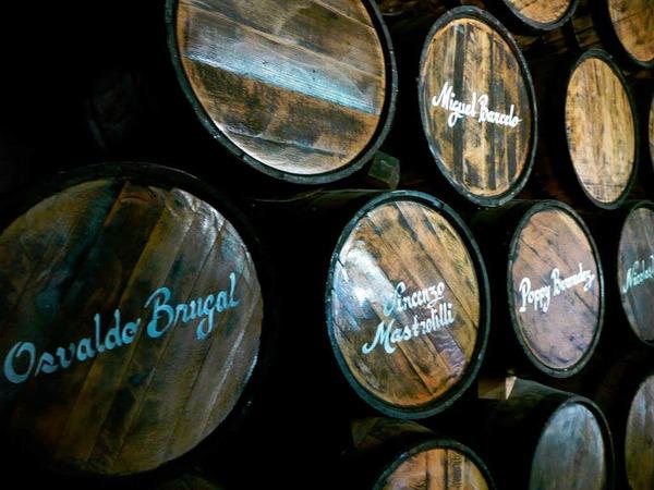 <ppp> bekommt man einen Einblick in Geschichte und Entstehung des dominikanischen Nationalgetränks</ppp>