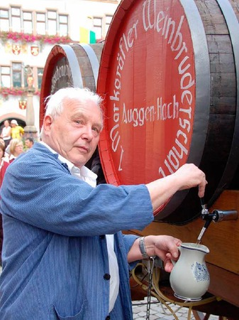 Viele G�ste kamen am Freitag zur Er�ffnungsparade des Regionalen Markgr�fler Weinfestes in Staufen.