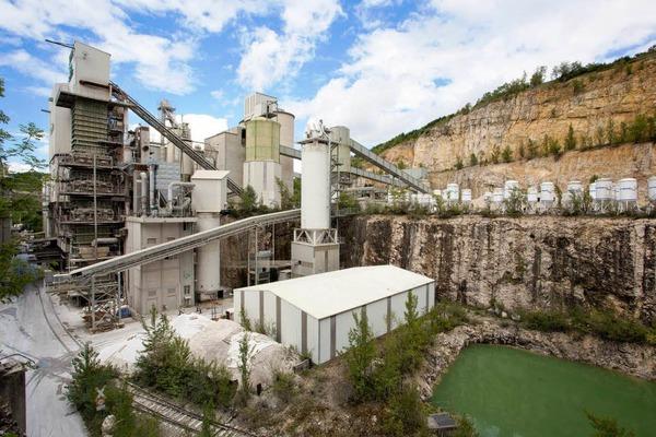 Im Kalkwerk Istein werden jährlich fast 200 000 Tonnen Kalkstein zu Kalk gebrannt.