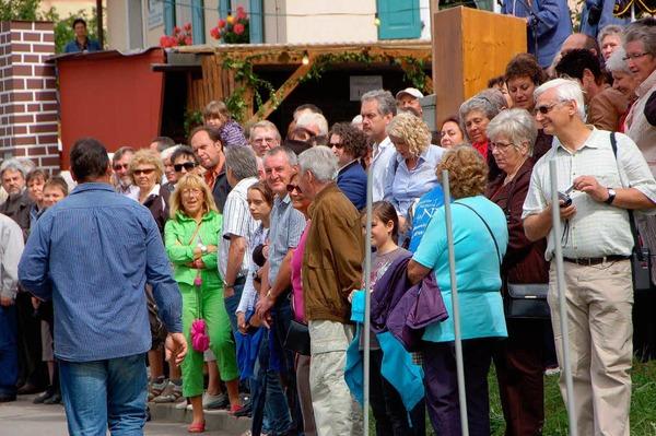 Impressionen vom Wolfenweiler Weinfest mit Winzerolympiade. <?ZP?>