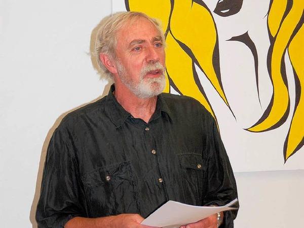 Sehr gut besucht war die Vernissage zur Kunstausstellung im Stadtweg 16. Hans Russenberger hielt die einführende Rede.