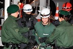Fotos: Stuttgart 21- Polizei r�umt Baumhaus