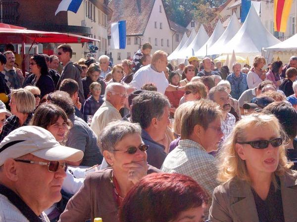 Voll waren die Tische in Löffingens historischer Altstadt bis in den späten Nachmittag hinein.