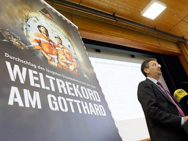 Peter Fueglistaler, Chef des Schweizer  des Bundesamtes für Verkehr am Tag des Durchstichs