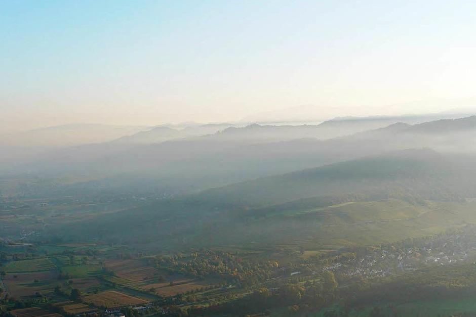 Blick über Niederweiler auf den Innerberg (Foto: Katharina Meyer)