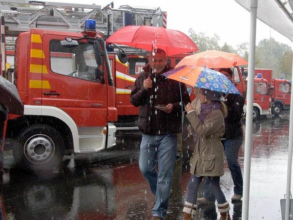 Riesig war das Interesse am Tag der offenen T�r von Feuerwache und Betriebshof. F�r Gro� und Klein war Aktion geboten.