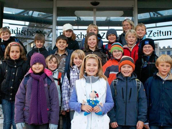 Die Klasse 4 der GHS Hinterzarten-Breitnau mit ihrer Lehrerin Frau L�hmann.