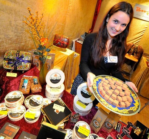 Kein Käse: Julia Paredes präsentiert Schokoladen-Kreationen.