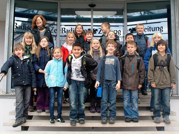 Die Klasse 4a der Markgrafenschule aus Freiburg mit ihrer Lehrerin Frau Kost.