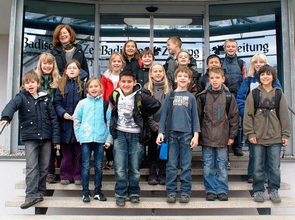 Die Klasse 4a der Markgrafenschule aus Freiburg mit ihrer Lehrerin Frau Kost.
