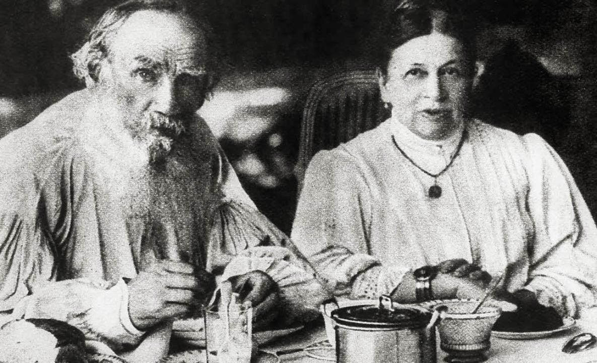 Schwierige Ehe: Leo Tolstoi und Sofja Tolstaja   | Foto: Ullstein