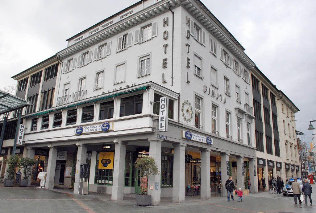 L rrach wandel an belebter ecke badische - Restaurant wandel ...
