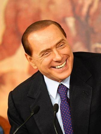 """Silvio Berlusconi: """" Organisator von wilden Partys und ineffiziente F�hrungspers�nlichkeit"""""""