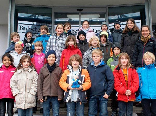 Die Klasse 4 der Paula-Fürst-Schule Freiburg mit ihrer Klassenlehrerin Frau Barbara Faller.