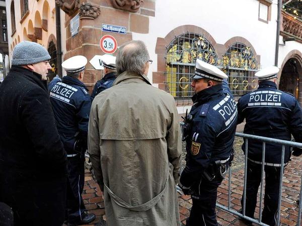 Strenge Sicherheitsvorkehrungen in Freiburg zum Gipfeltreffen von Merkel und Sarkozy.