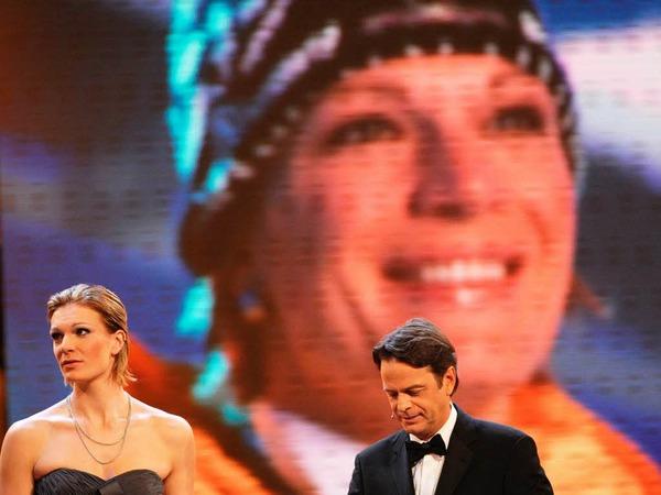 Maria Riesch, Sebastian Vettel und die DFB-Fußballer um Bundestrainer Löw - Deutschlands Sportler des Jahres.