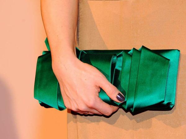 … und Anni Friesingers Handtäschchen.