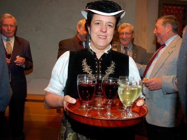 In der Talvogtei Kirchzarten wünschten sich Bürger und Ehrengäste ein gutes neues Jahr 2011. Reden und Tango-Musik standen im Mittelpunkt des Neujahrsempfangs.