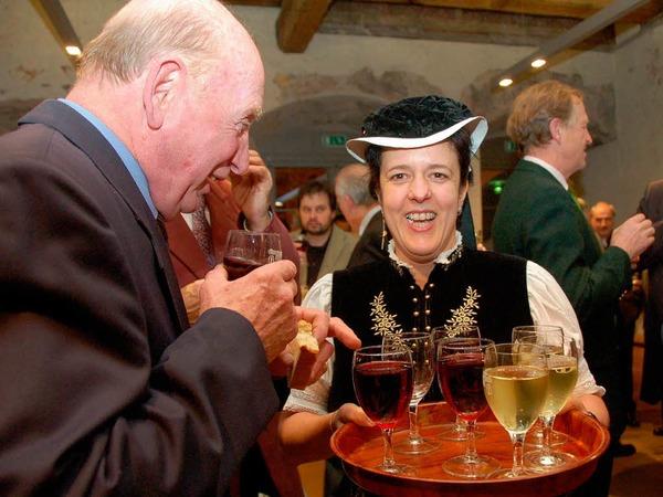 In der Talvogtei Kirchzarten w�nschten sich B�rger und Ehreng�ste ein gutes neues Jahr 2011. Reden und Tango-Musik standen im Mittelpunkt des Neujahrsempfangs.