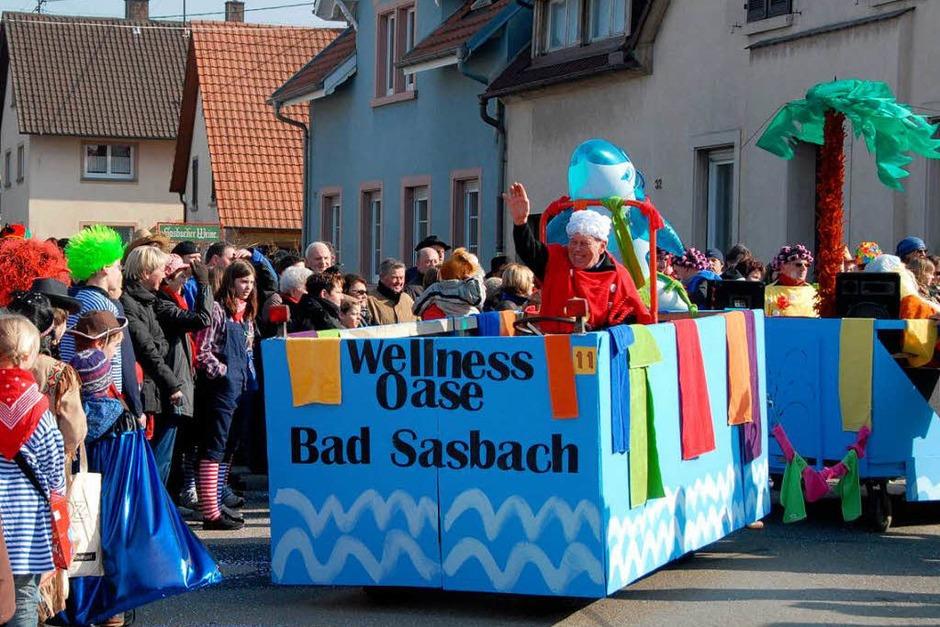"""Umzug in Sasbach: Die Gruppe Mut stellte die neue """"Wellnes Oase Bad Sasbach"""" vor. (Foto: Roland Vitt)"""