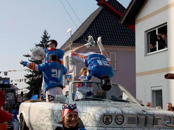 Die Besucher hatten viel Spaß beim großen Umzug in Hartheim.