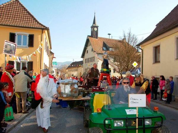 Asterix und seine Freunde waren aus Bollschweil nach Ehrenkirchen gekommen.