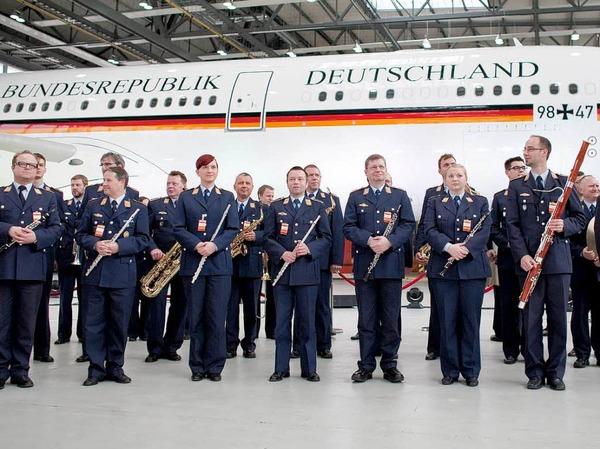Der Musikzug der Luftwaffe war f�r die Festmusik zust�ndig.