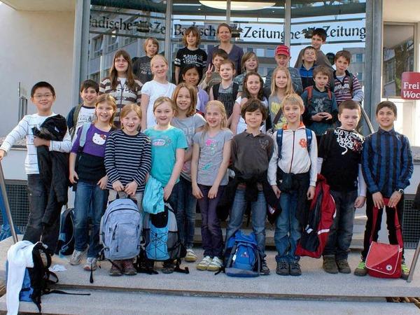 Die Klasse 4a der Johann-Peter-Hebel-Schule aus Gundelfingen mit ihrer Lehrerin Silke Harmsen