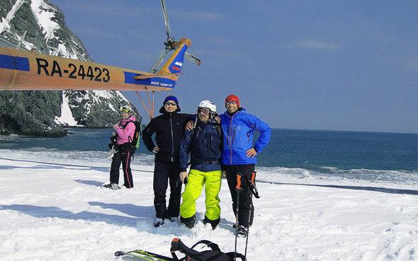 Mit Dem Hubschrauber In Kamtschatkas Schneewelt Landen