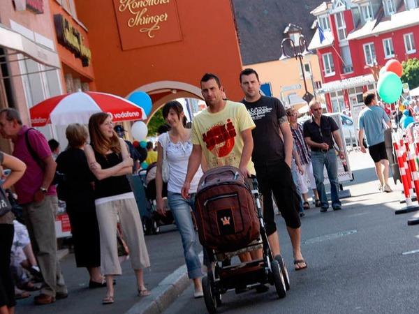 Mit viel  poliertem Blech, hei�en �fen und weiteren Attraktionen lockte die M�nsterstadt Breisach am Wochenende.