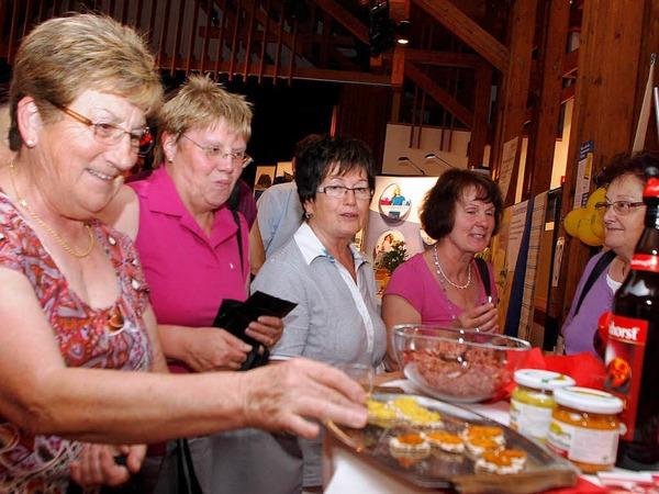 Schauen, informieren, mitmachen – Gewerbe und Vereine hatten Besucher in vielf�ltiger Weise angesprochen