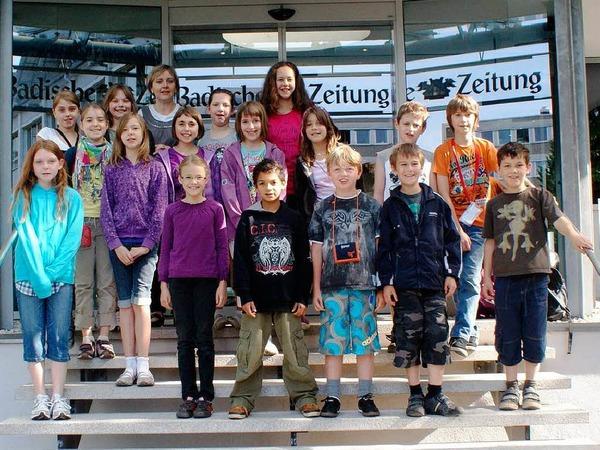 Die Klasse 4a der Grundschule aus Sasbach mit ihrer Lehrerin Beatrix Müllejans