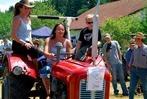 Fotos: Oldtimer-Traktor-Schau in Steinen
