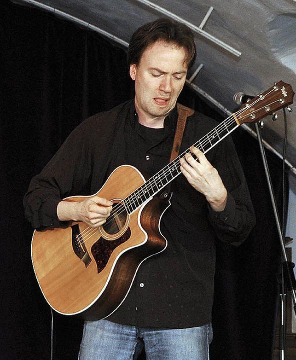 …und dem Gitarristen Markus Segschneider.   | Foto: B. Rein