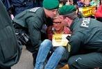 Fotos: Stuttgart 21 – Polizei löst Sitzblockade auf
