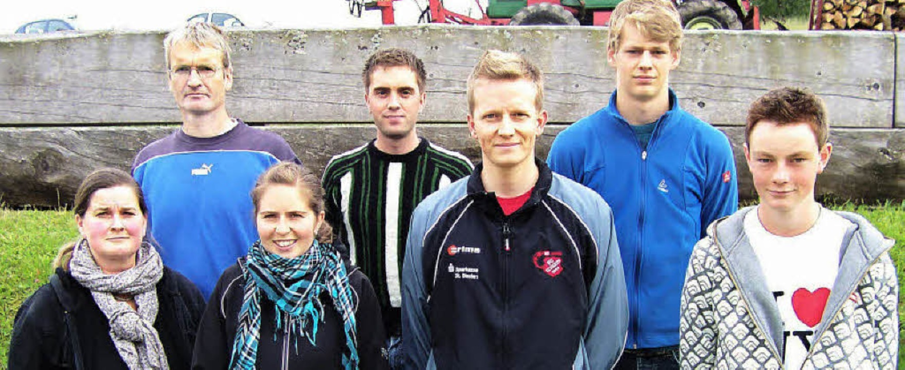 Thomas Waßmer (hinten links) leitet di...l Köpfer und Ruben Spitz (von links).   | Foto: F. Kaiser